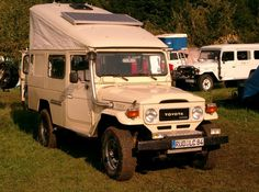 Toyota BJ45 (I'm really starting to crave a pop-up tent for my FJ!)