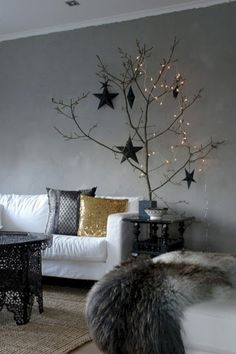 Minimalist and modern christmas tree décoration ideas 32