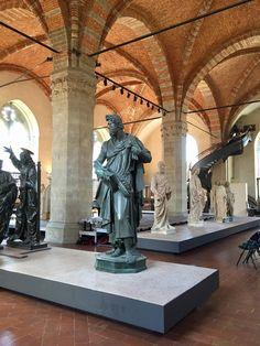Orsanmichele la chiesa-museo nel cuore di Firenze Tuscany, Buddha, Lion Sculpture, Italy, Statue, Art, Museums, Florence, Art Background