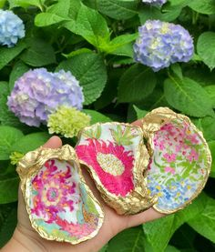 Seashell Painting, Seashell Art, Seashell Crafts, Beach Crafts, Driftwood Crafts, Oyster Shell Crafts, Oyster Shells, Sea Shells, Jewelry Dish