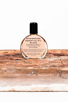 MOONSHINE ESSENTIAL OIL BLEND