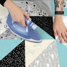 Discover a new way to bring more dimension and texture to your quilts by quilting it with the walking foot. Quilting For Beginners, Quilting Tips, Free Motion Quilting, Quilting Projects, Beginner Quilting, Alphabet Quilt, Charm Square Quilt, Walking Foot Quilting, Patriotic Quilts