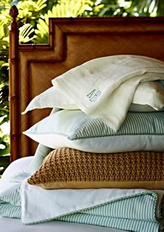 For years we searched for a linen that had just the right softness for sleeping. So you can imagine our excitement since we've finally developed luxurious, 100% linen bedding.