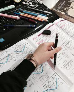 Study motivation 🖤 Study Pictures, Study Photos, College Motivation, Study Motivation, Studyblr, Wedding Cross Stitch Patterns, Study Organization, School Study Tips, Study Space