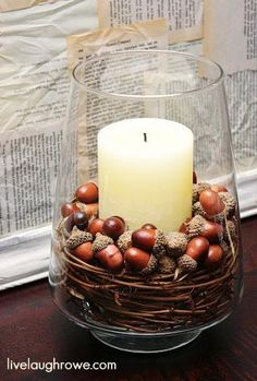 Herbstdeko mit Eicheln simple house diy Fall Pottery Barn Knock-Off Decor Autumn Decorating, Decorating Tips, Interior Decorating, Fall Home Decor, Autumn Home, Diy Autumn, Autumn Table, Autumn Ideas, Thanksgiving Decorations