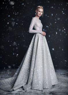 75c5183c49 Imagem de dress and fashion Snow Maiden