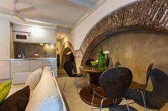 Ganhe uma noite no The Old Stables Chiado Apartment 1 - Apartamentos para Alugar em Lisboa no Airbnb!