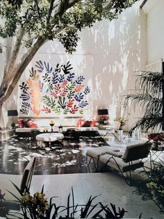 In the early 1950s, arts patrons Mr. and Mrs. Sidney F. Brody commissioned Henri Matisse to create a ceramic mural for the courtyard of their Hollywood Hills home. Entitled La Gerbe (The Sheaf), the piece is reflective of the paper cut-outs Matisse made at the end of his career. The couple bequeathed the work to LACMA in 2010.