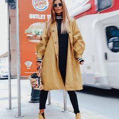 @adrianagolima Duster Coat, Raincoat, Jackets, Community, Fashion, Blouses, Style, Rain Jacket, Down Jackets