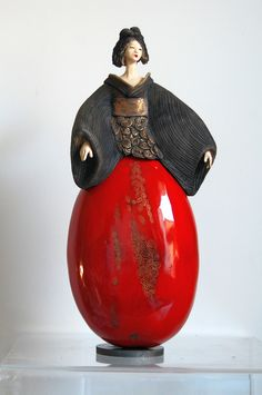 Red - women - Pauline Wateau - ceramic - sculpture