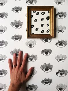 Removal wallpaper - perfect even if you have a rental! Etsy Pick of the Day | Kate Zaremba Comkpany - Poppytalk