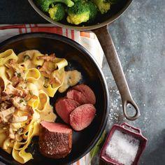 Garneer deze knoflookbiefstukjes met wat rucola. #biefstuk #paddenstoel #JumboSupermarkten