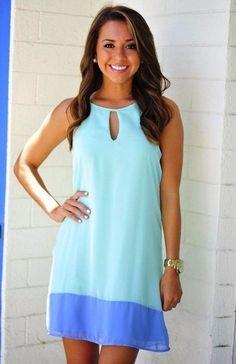 Vestidos en tonos azul cálido - un soplo de aire fresco, el mar y el verano...
