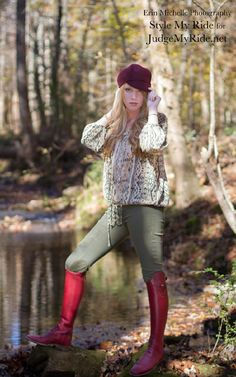 Taylor Burns in @2kgrey breeches, Vincero #boots with our exclusive Interchangeable tops and #RalphLauren peasant blouse click to see full gallery