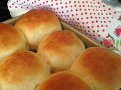 Easy and Quick Dinner Rolls