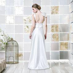 Gio Rodrigues Yoko Wedding Dress elegant wedding dress  satin duchese aplication  V-neckline  engaged inspiration unique gorgeous elegant bride