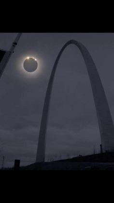 Solar Eclipse seen from St. Saint Louis Arch, St Louis Mo, Stl Cardinals, St Louis Cardinals, Great Places, Beautiful Places, Gateway Arch, Cool Pictures, Beautiful Pictures