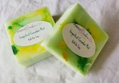 Peppermint Soap, Green Soap, Grapefruit Essential Oil, Body Bars, Gloomy Day, Bar Soap, How To Stay Healthy, Shea Butter, Bath And Body