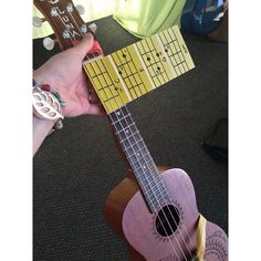 Ukulele teachers.... take a look at the BRILLIANT idea!! It would work for guitar too! #musicteacher #ukulele