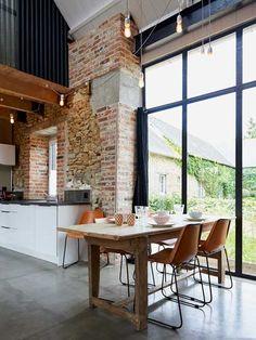 exposed brick/industrial kitchen