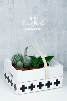 DIY Aufbewahrung aus Holz und Leder | Korb aus Obstkiste basteln | DIY Wohnen | Storage | Tutorial auf dem Blog | handmade