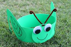 Bug Party - Grasshopper Party Hats