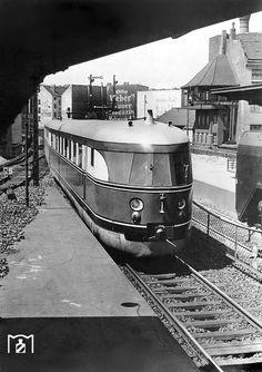 Fliegender Koelner im Bahnhof Friedrichstrasse 30.06.1935