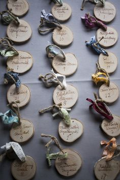 Wood slab ornaments - quoting your kids, recording a favourite memory or wishes to Santa @megtabler @janettoe