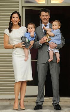 Crown Prince Frederik and Crown Princess Mary of Denmark with their twins: Prince Vincent and princess Josephine.