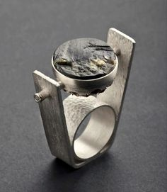 Tomàs Palos - ring, silver and slate