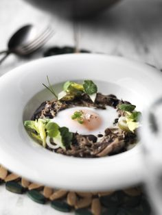 This recipe uses steam for a wonderful supper, combining rich truffled duck with perfectly cooked eggs, whilst delicate baby watercress, celery and nasturtium leaves add colour Steamed Eggs, How To Cook Eggs, Spring Recipes, The Dish, Recipe Using, Celery, Food Inspiration, Asparagus, Food To Make