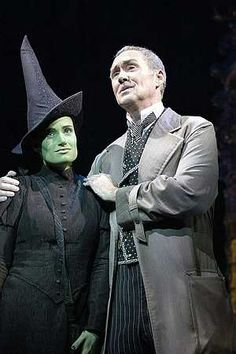 Idina Menzel (Elphaba) and Nigel Planer (Wizard) in the original West End production.
