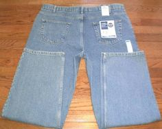 NEW! MENS 42x32 HAGGAR RELAXED FIT blue DENIM JEANS comfort fit NWT $ 50!