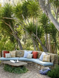 A backyard patio - Outside living space Outdoor Seating, Outdoor Rooms, Outdoor Gardens, Outdoor Living, Outdoor Decor, Backyard Seating, Garden Seating, Outdoor Couch, Patio Bench