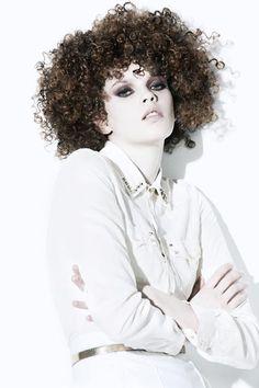 http://professional.estetica.it Credits  Hair: New Look  Photo: Jose Manuel Ferrater