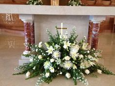 Church Flower Decoration Ideas New Church Arrangement Floral Arrangements Easter Flower Arrangements, Funeral Flower Arrangements, Beautiful Flower Arrangements, Church Wedding Flowers, Funeral Flowers, Altar Wedding, Church Altar Decorations, Flower Decorations, Alter Flowers