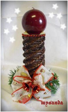 moje tvořeníčko - Fotoalbum - PLETENÍ Z PAPÍRU 2011 - vánoční pletení z papíru 2011 Basket, Fruit, Creative, Christmas, Recycling, Xmas, Craft, Christmas Ornaments, Hampers