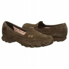 Skechers Pedestrian Memory Foam Slip On Chocolate Brown Comfy Shoes, Cute Shoes, Teacher Shoes, Nursing Shoes, Martin Boots, Pedestrian, Chocolate Brown, Skechers, Black Boots