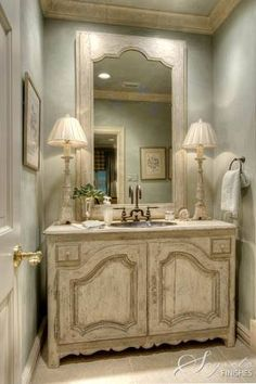 Powder room Best Ideas French Country Style Home Designs 64 French Country Cottage, French Country Style, French Country Decorating, French Country Bathroom Ideas, French Bathroom Decor, Bathroom Vintage, Cottage Decorating, 1920s Bathroom, Modern Country