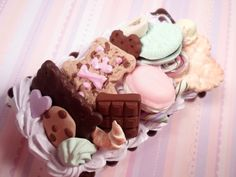 Cookie Explosion Sweet Decoden Kawaii Deco Case for iPod Touch gen 4. $38.00, via Etsy.