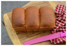 Indonesian Medan Food: Roti Tawar Banting dengan Metode Tang Zong (Water Roux)