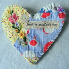 no sew fabric crafts; easy to make fabric crafts; The post 65 Easy DIY Fabric Crafts Ideas Youll Love 2019 appeared first on Fabric Diy. Little Presents, Fabric Brooch, Fabric Hearts, Old Quilts, Heart Crafts, Fabric Jewelry, Sewing Projects For Beginners, Metal Crafts, Fabric Scraps