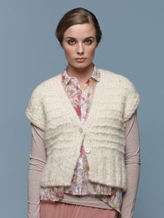 Knit this womens textured cardigan with cap sleeves from Tumble, a design by Lisa Richardson. Knitted in Tumble, a glorious lightweight, soft and lofty yarn comprising of Alpaca and Cotton. This knitting pattern is suitable for beginners. Addi Knitting Needles, Knitting Yarn, Knitting Patterns, Crochet Patterns, Pattern Library, Pattern Books, Lisa Richardson, Rowan Yarn, Knit Vest Pattern