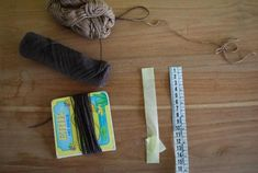 – Sewing: how to make dolls hair – Tantehilde Knitted Doll Patterns, Knitted Dolls, Yarn Dolls, Fabric Dolls, Doll Home, Ribbon Yarn, Little Stitch, Fabric Glue, Sewing Dolls