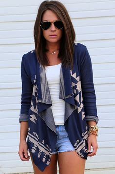 I have this cardigan in olive green and it's amazing! You can just throw it on and put some movement into your outfit