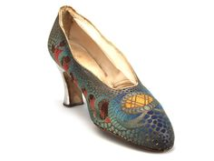 Shoe-Icons / Shoes / Evening iridescent multi-color brocade shoes with silver heels.