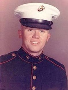 Virtual Vietnam Veterans Wall of Faces | DOUGLAS W LEE | MARINE CORPS