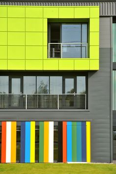 Sustainable Building Envelope Centre in Shotton, Wales by Welsh School of Architecture. Colour Architecture, School Architecture, Contemporary Architecture, Architecture Details, Interior Architecture, Building Architecture, Architectural Features, Architectural Elements, Building Facade