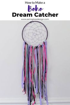 Learn how to make a DIY dream catcher. This easy to make wall hanging is perfect for a boho bedroom using yarn lace and ribbon. Learn how to make a DIY dream catcher. This easy to make wall hanging is perfect for a boho bedroom using yarn lace and ribbon. Diy Dream Catcher For Kids, Dream Catcher Craft, Dream Catcher Boho, Making Dream Catchers, Lace Dream Catchers, Diy Tumblr, Potpourri, Dreamcatchers For Kids, Dream Catcher Materials