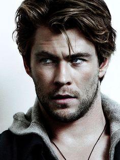 More Chris Hemsworth!